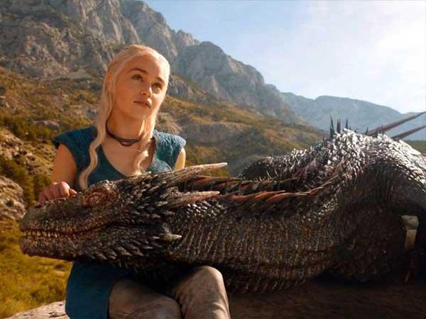 reina de los dragones