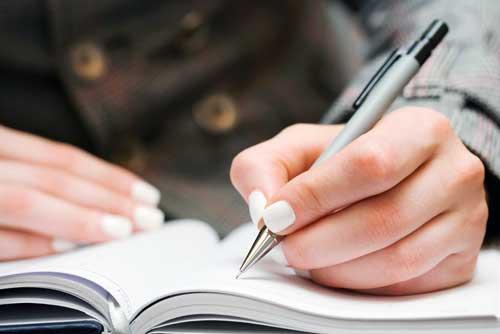 como escribir un ensayo critico